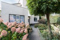 Ambtsrichtersveld 402, Apeldoorn