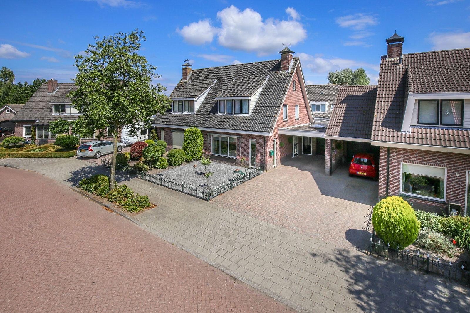 Dirk Ruitenbeekstraat 46, Nijkerkerveen