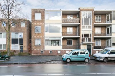 Van Iddekingeweg 23, Groningen