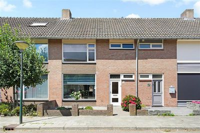 Karel Doormanstraat 9, Geldrop