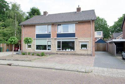 Jan Wiegerslaan 13, Almelo