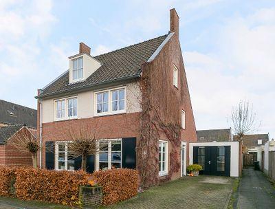 Melvert 6, Helmond