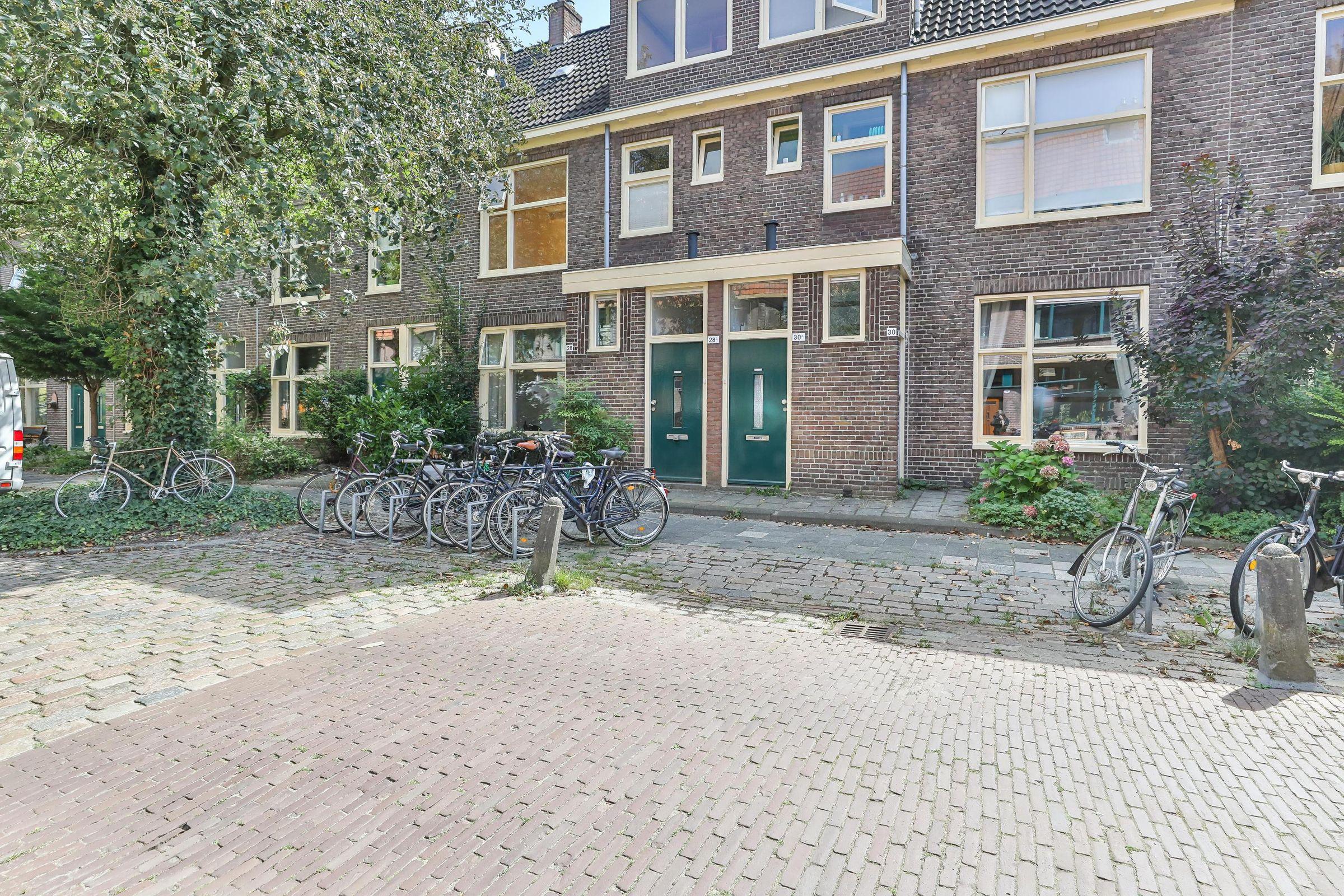 Louise Henriettestraat 28-A, Groningen