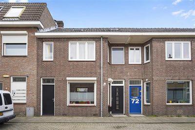Pastoor van Beurdenstraat 70, Tilburg