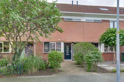 Beethovenlaan 15, Nieuw-Vennep
