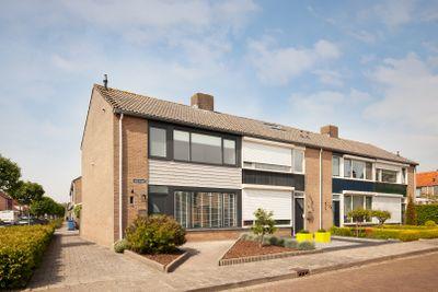 Oude Poorte 1, Biervliet