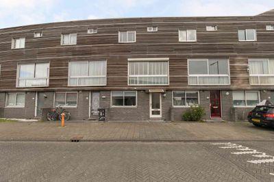 Clara zetkinstraat 12, Amsterdam