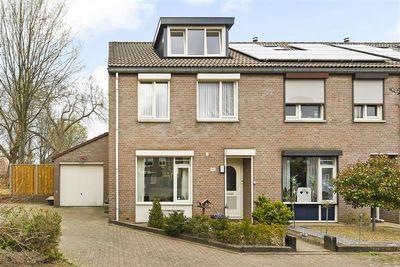 Korvererf 22, Roermond