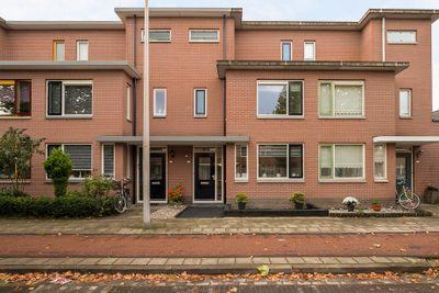 Mr.Eenhuisstraat 43, Haaksbergen
