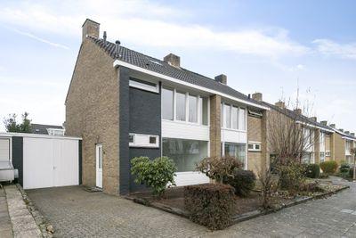 Neutronstraat 16, Maastricht