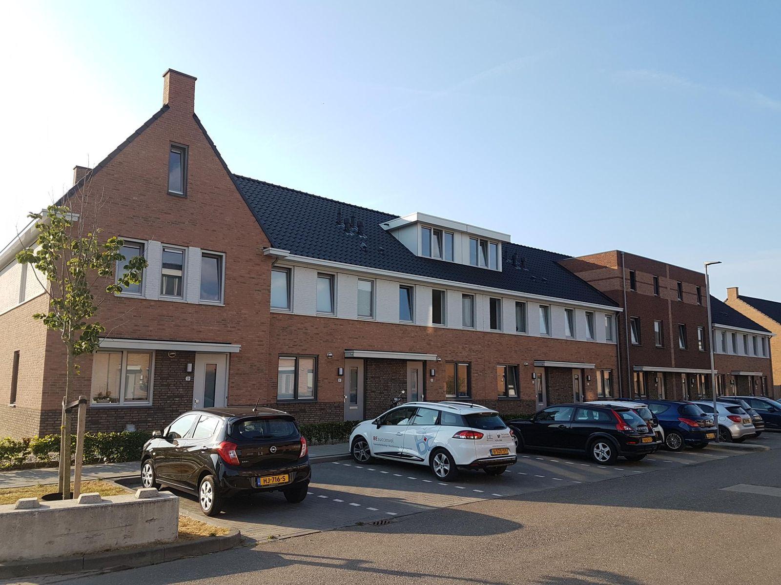 Theo van Rijenlaan, Zaltbommel