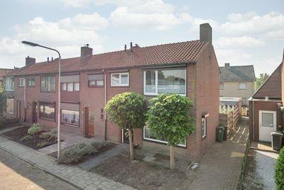 Burgemeester Godwaldtstraat 7, Hooge Zwaluwe