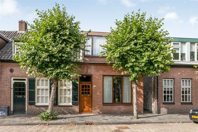 Zandheuvel 109, Oosterhout