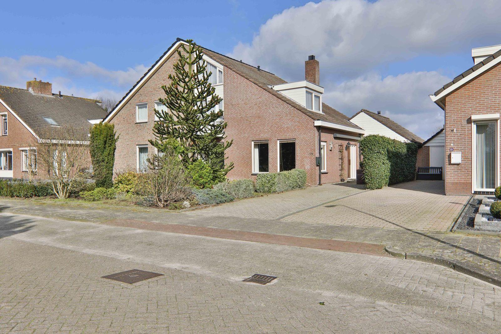 Prieswijk 129, Elim