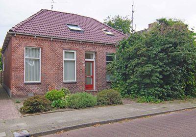 Sluisweg 12, Veendam