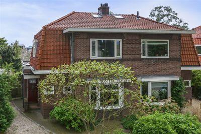 Dubbelsteynlaan West 35, Dordrecht