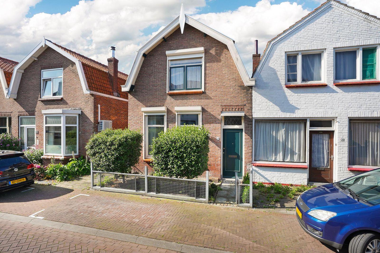 J.I. Sandersestraat 30, Oost-souburg