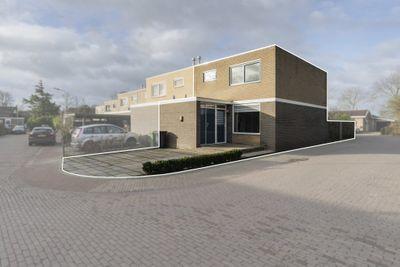Van Kleffenslaan 187, Middelburg
