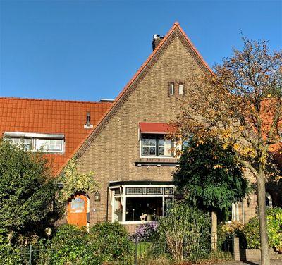 Busken Huetplein 16, Hilversum
