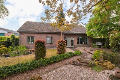Atoomweg 6, Roosendaal