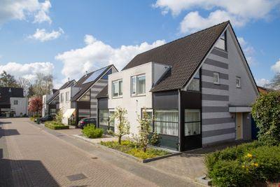 Middenhof 6, Apeldoorn