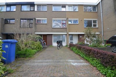 A.M. de Jonglaan, Delft
