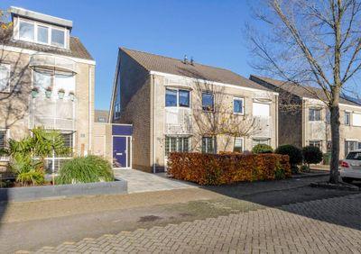 Lavendelberg 38, Roosendaal