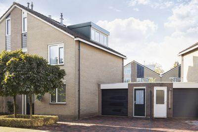 Van Hemertmarke 12, Zwolle
