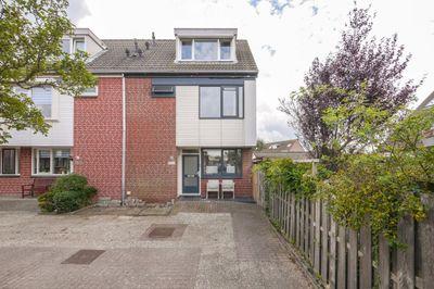 Doorzwin 2805, Julianadorp