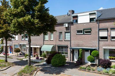 Mariastraat 62, Rijen