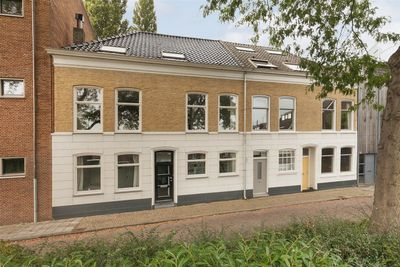 Nieuwstraat 13, Zwijndrecht
