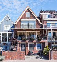 Zuideinde 75, Volendam