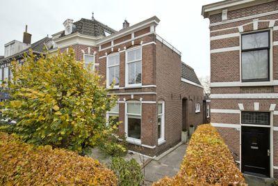 Hoge Rijndijk 49, Leiden