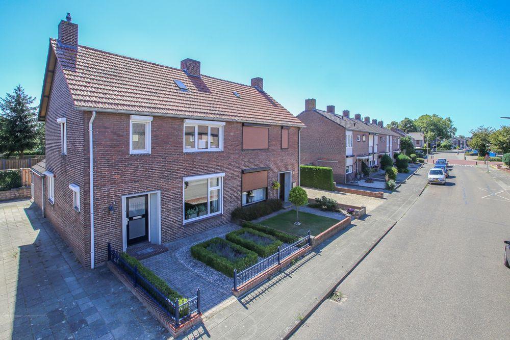 Sint Jozefweg 9, Reuver