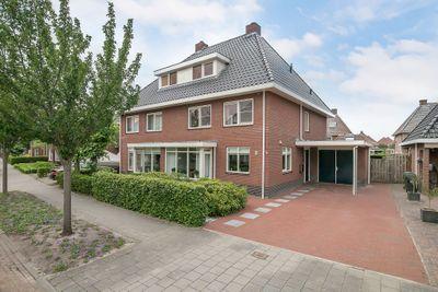 Oeverwal 10, Kampen
