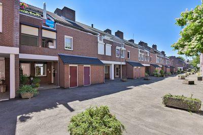 Valeriushof 21-a, Maastricht