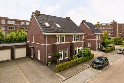 Dagpauwoog 27, Oosterhout