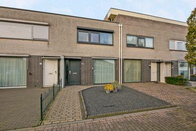 Naardenstraat 193, Tilburg