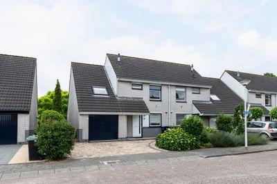 Ligusterhof 9, Papendrecht
