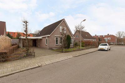 Nering Bögelstraat 4, Ommen