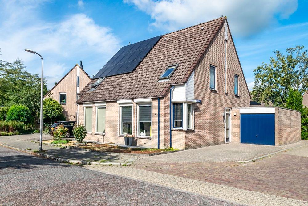 Klaverkamp 80, Hoogeveen