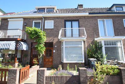 Alexander Bellstraat 33, IJmuiden