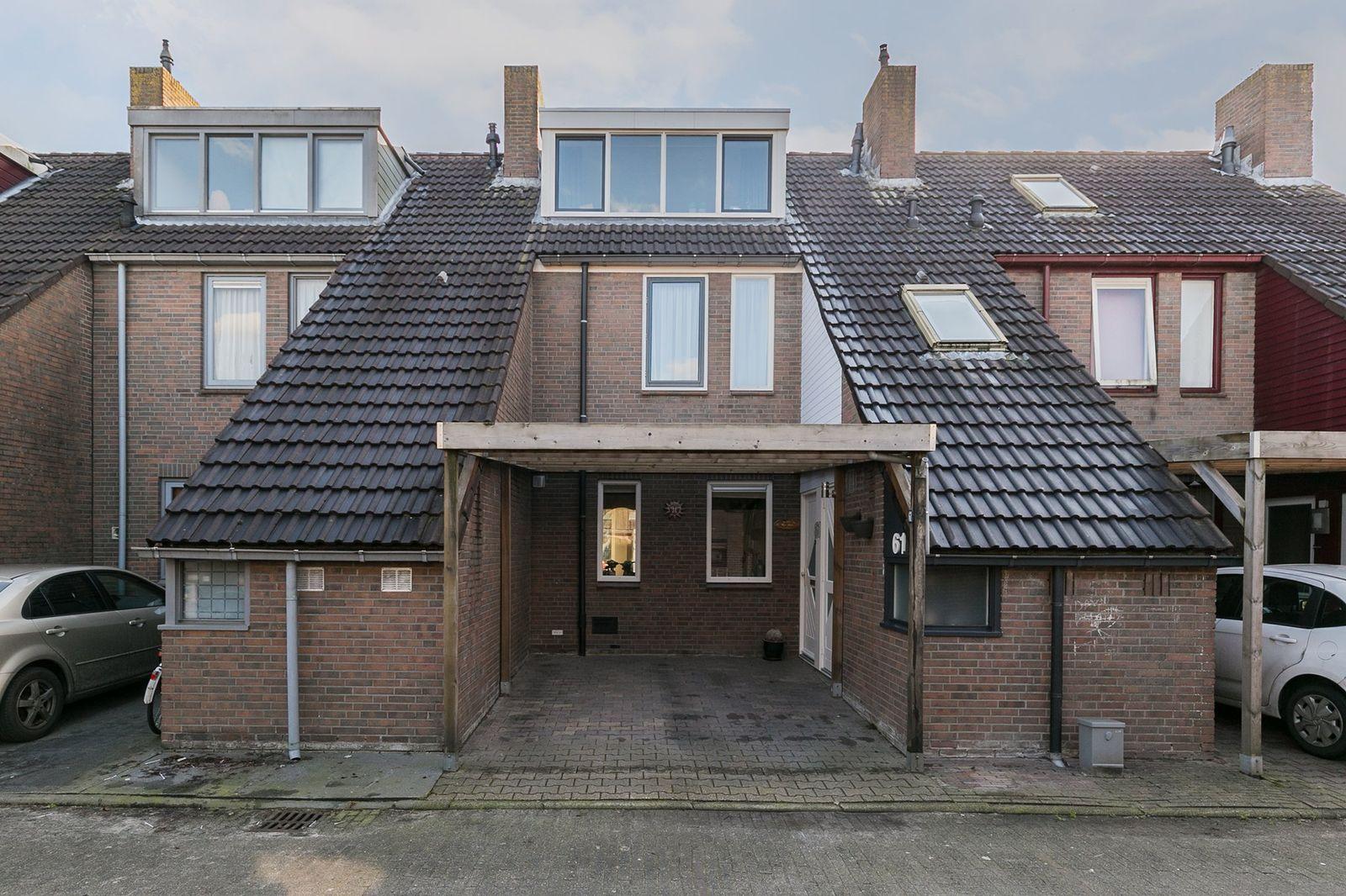 Behringhof 61, Hoogeveen
