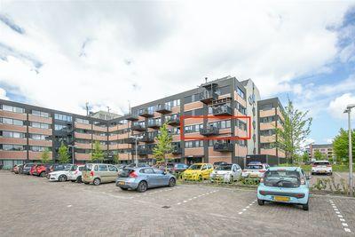Zandsteen 108, Hoorn