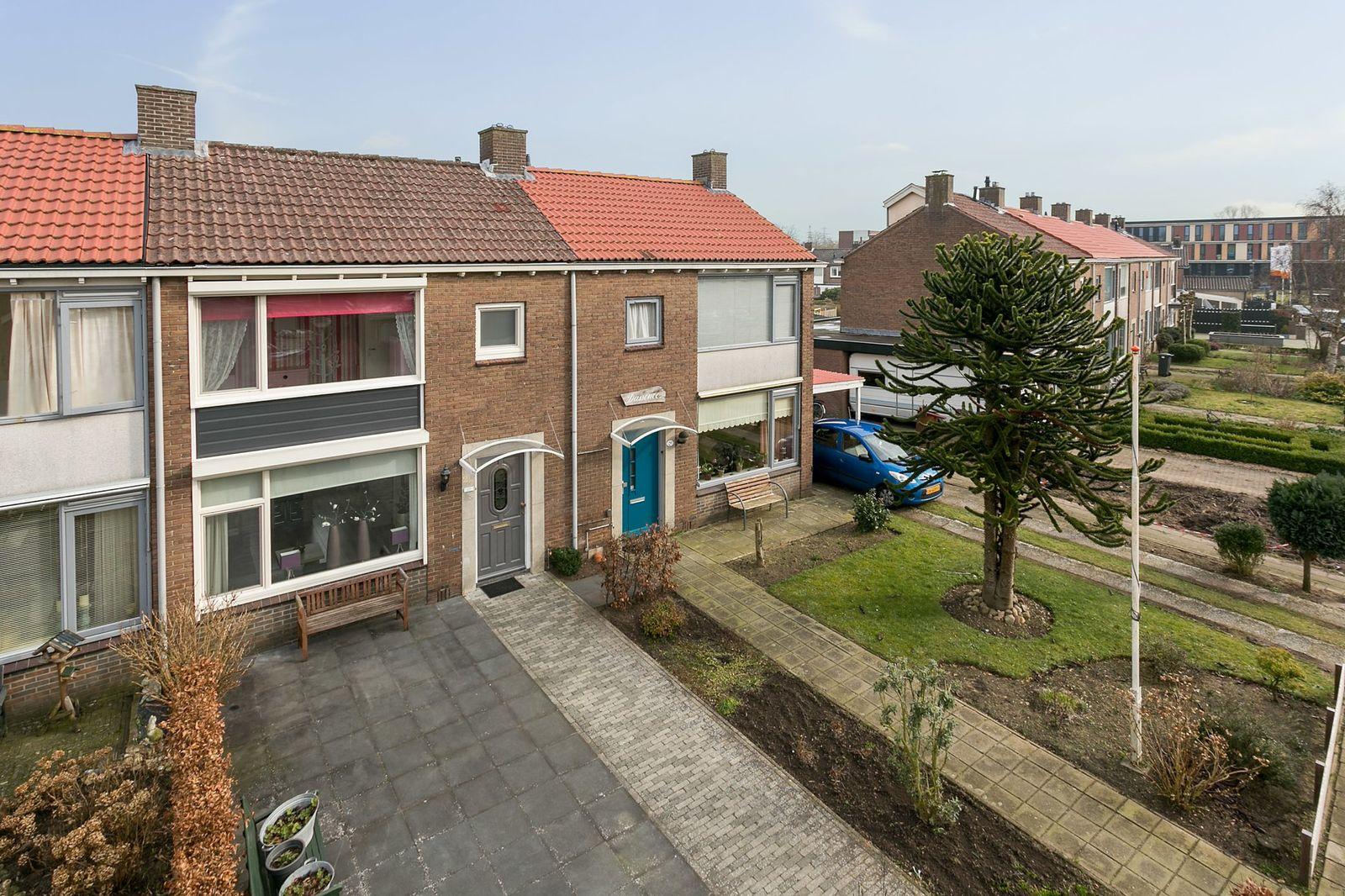 van Dorthstraat 27, Zutphen
