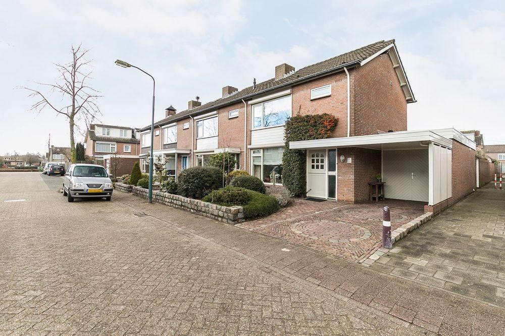 Doctor Schaepmanstraat 13, Geffen