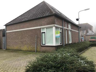 Pastoor van Hapertstraat, Lith