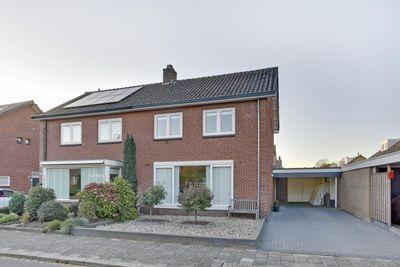 Carry van Bruggenstraat 11, Zwolle