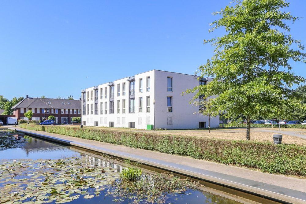 Koetshuislaan 815, Waalwijk