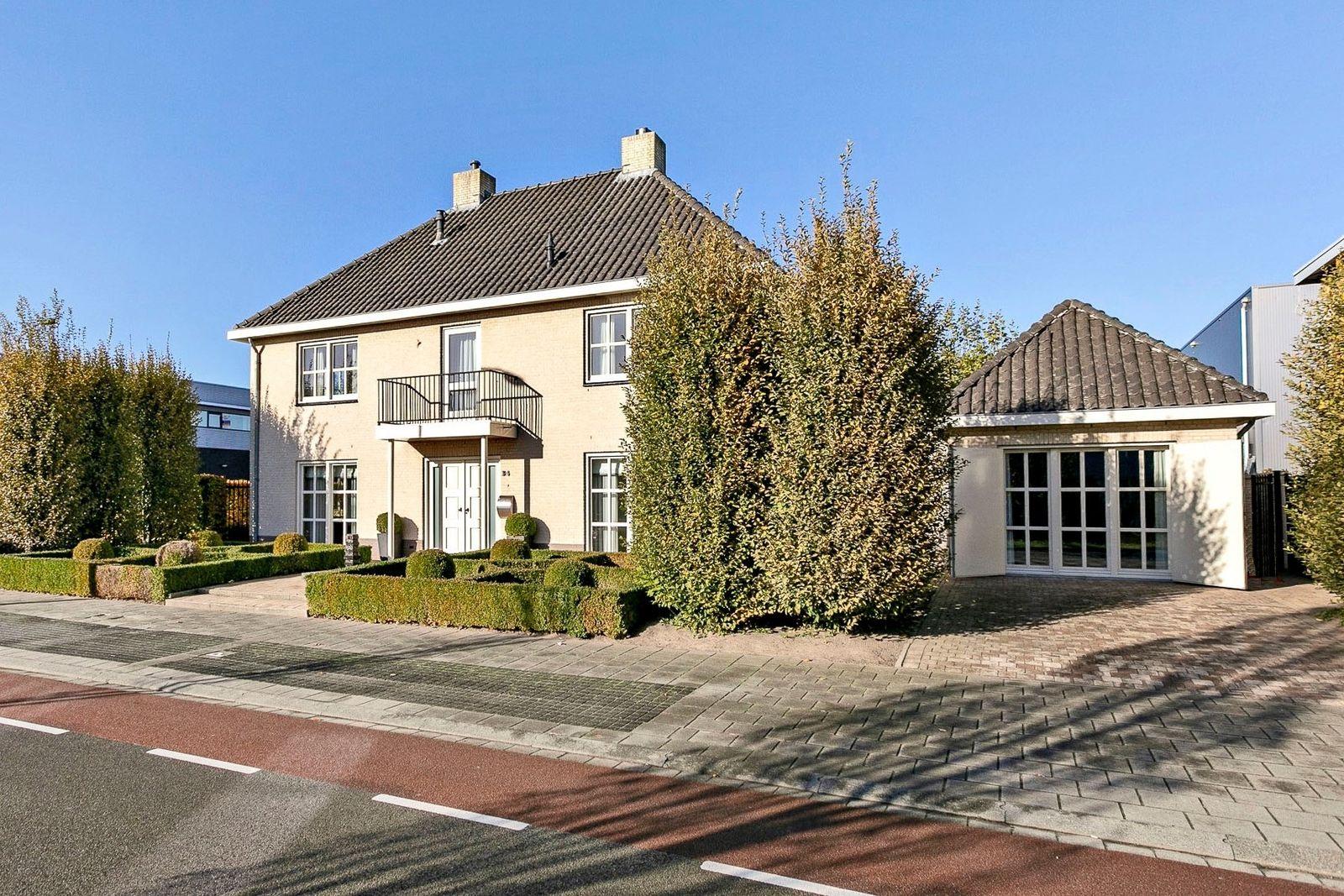 Veldsteen 34, Breda